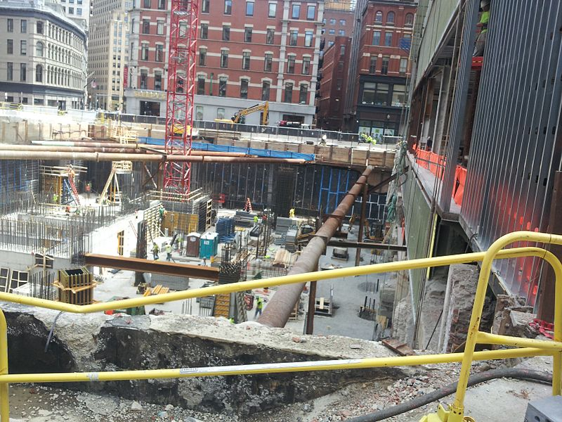 Millennium_Tower_construction,_2_May_2014