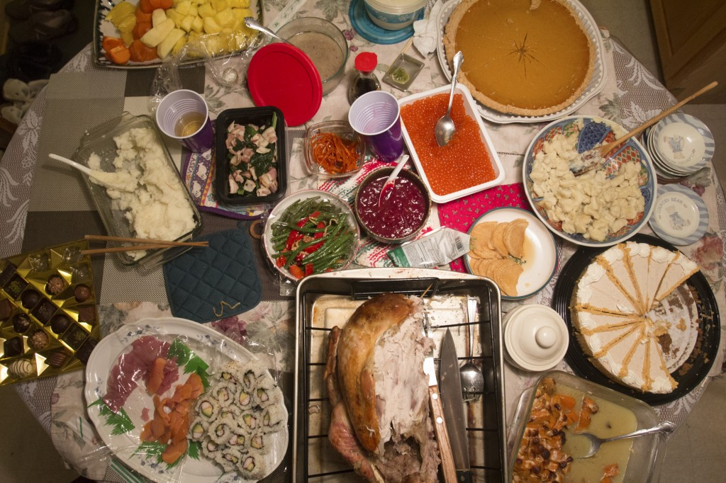 Chicago, IL, 26th Nov, 2015: There was a mix of American, Japanese and Korean cuisine brought by a mix of American, Japanese and Korean families. (Photo by: Ann Singer/BUNS)4